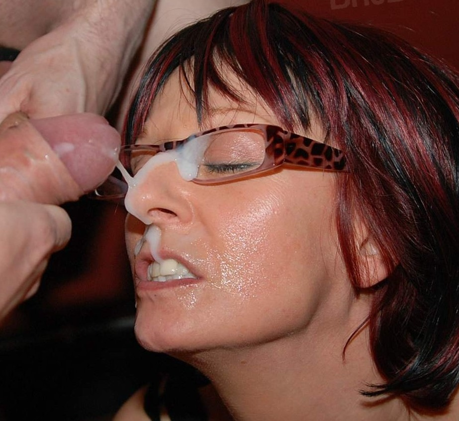 mature amateur bukkake slut ruby gets cum covered glasses